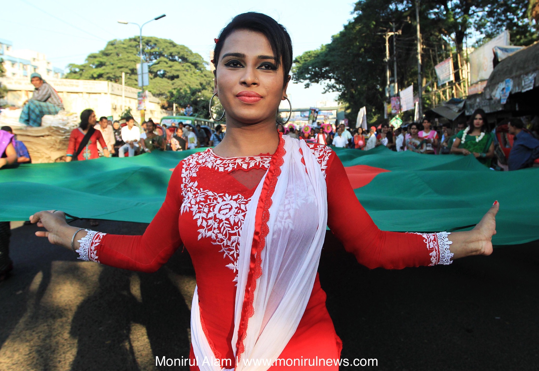 Hijra pride day in banglades monirul alam a supporter of the bangladeshi transgender community takes part in the first transgender pride march or hijra pride day in dhaka bangladesh thecheapjerseys Gallery