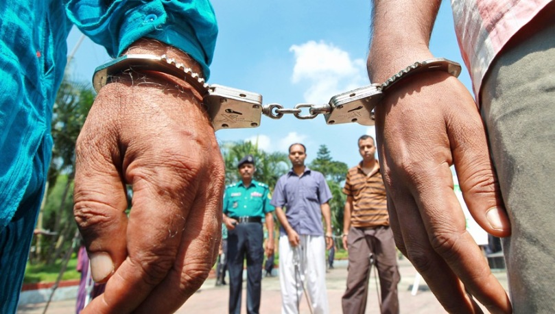 Bangladesh jails 182 soldiers for 2009 mutiny